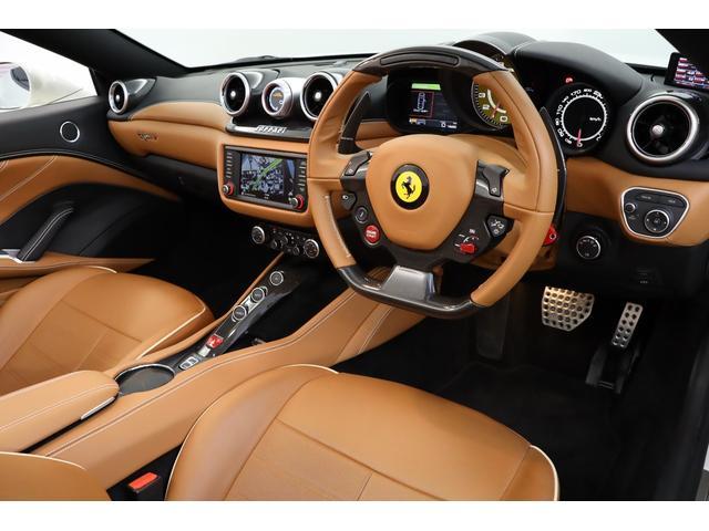 「フェラーリ」「カリフォルニアT」「オープンカー」「東京都」の中古車3