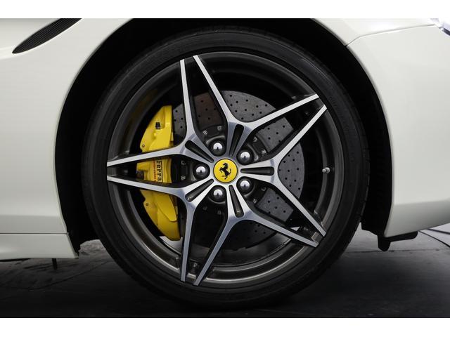 「フェラーリ」「カリフォルニアT」「オープンカー」「東京都」の中古車4