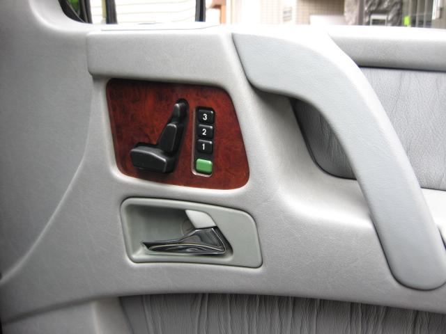 「メルセデスベンツ」「Mベンツ」「SUV・クロカン」「東京都」の中古車54