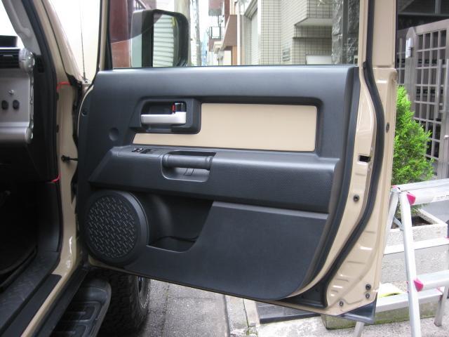 「トヨタ」「FJクルーザー」「SUV・クロカン」「東京都」の中古車62