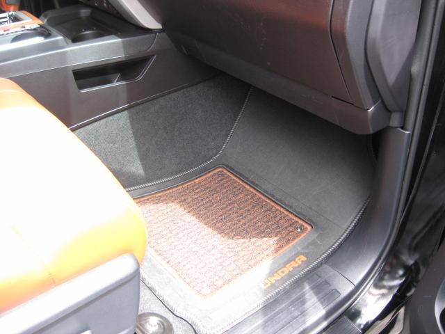 「その他」「タンドラ」「SUV・クロカン」「東京都」の中古車76