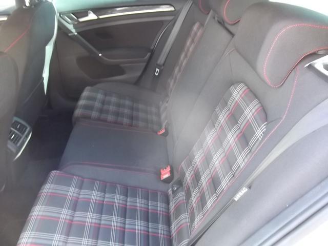 フォルクスワーゲン VW ゴルフGTI DCCパッケージ 18インチAW 禁煙車