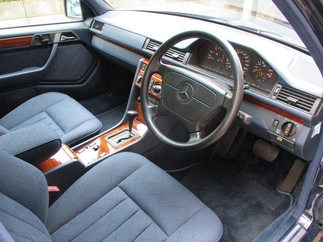 E280 ディーラー車 右ハンドル ETC(11枚目)