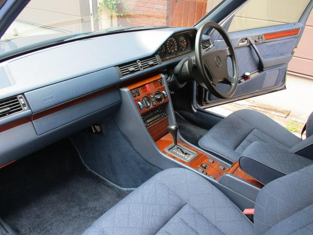 E280 ディーラー車 右ハンドル ETC(13枚目)