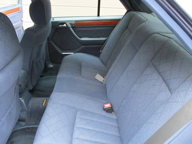 E280 ディーラー車 右ハンドル ETC(14枚目)