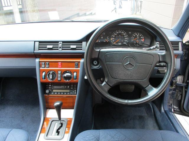 E280 ディーラー車 右ハンドル ETC(16枚目)