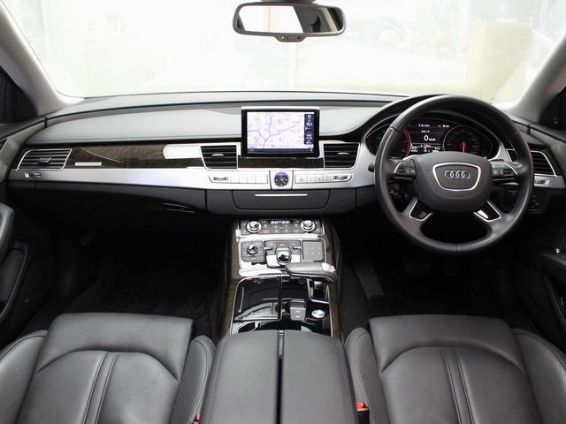 Audi認定中古車ならではのクオリティ、専門的な訓練・教育を受けたAudi正規ディーラーのメカニックがご納車前に100項目にも及ぶ精密な点検を行います