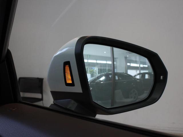 「アウディ」「アウディ Q2」「SUV・クロカン」「東京都」の中古車17