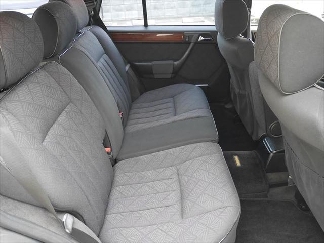 メルセデス・ベンツ M・ベンツ E280ステーションワゴン