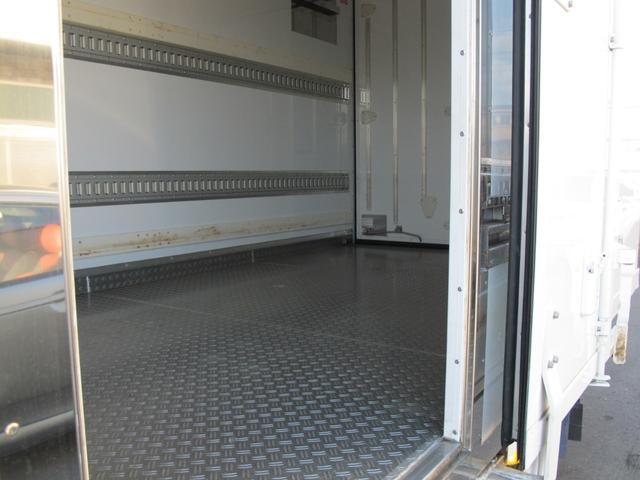 ロングWキャブ全低床 冷蔵冷凍車-5℃ 極東パワーゲート(32枚目)
