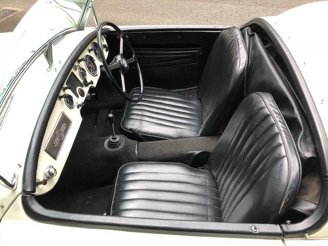 「MG」「MGA」「オープンカー」「東京都」の中古車10