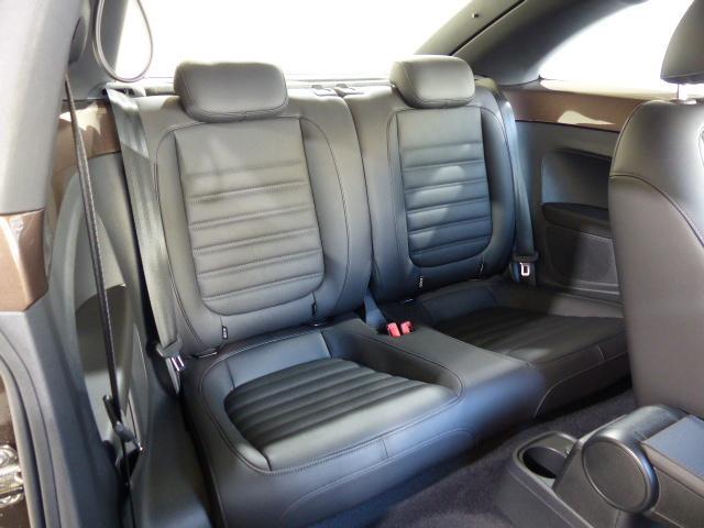 フォルクスワーゲン VW ザ・ビートル デザインレザーパッケージ 1オーナー 新車保証継承 17AW