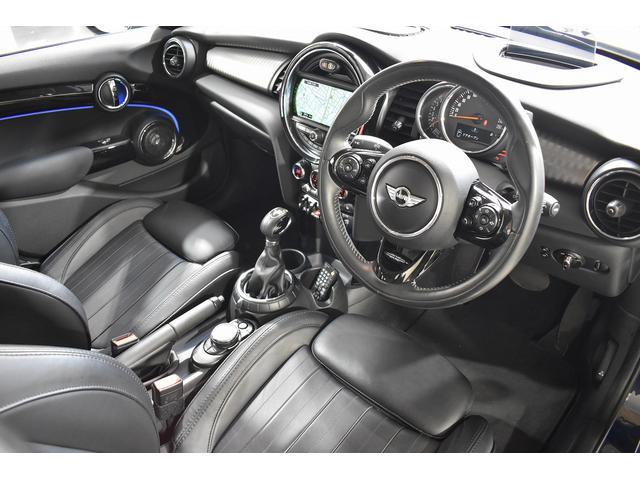 クーパーS 正規ディーラー車 ワンオーナー YOURS-PKG 純正HDDナビ&地デジTV 純正ミラー一体型ETC Harman/Kardonスピーカー 純正18インチAW ACC ヘッドアップディスプレイ(4枚目)