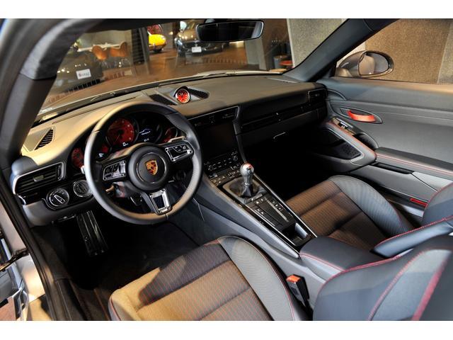 911カレラT 日本未導入MT 新車並行(6枚目)