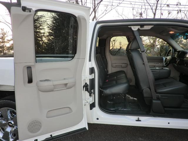 「シボレー」「シボレー シルバラード」「SUV・クロカン」「神奈川県」の中古車13