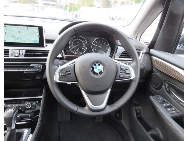 BMW BMW 218iグランツアラー ラグジュアリーデモカーレザーシート