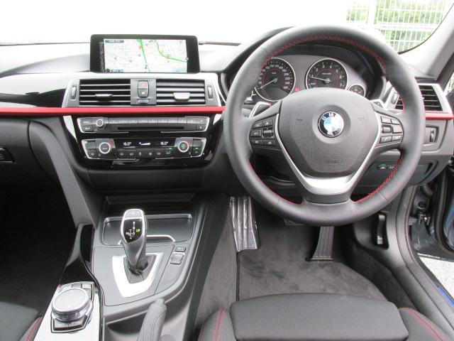 BMW BMW 320i スポーツ LEDライト
