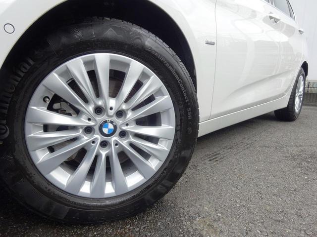 BMW純正アロイホイールはモデルやパッケージに合わせてデザインされております。洗練されたデザインで、足元の個性を引き立てます。