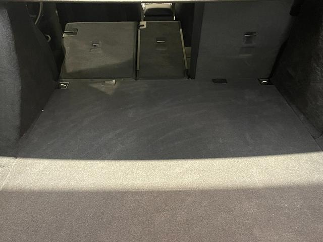 320iグランツーリスモ Mスポーツ ブラックレザー シートヒーター オートトランク 電動シート コンフォートアクセス パドルシフト バックカメラ リヤセンサー バイキセノンライト ETCミラー クルーズコントロール 衝突被害軽減ブレーキ(18枚目)