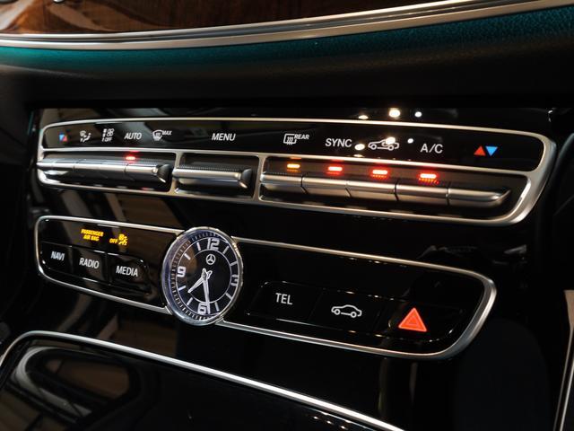 E400 4M エクスクルーシブ 1オナ 黒革 新車保証付(19枚目)