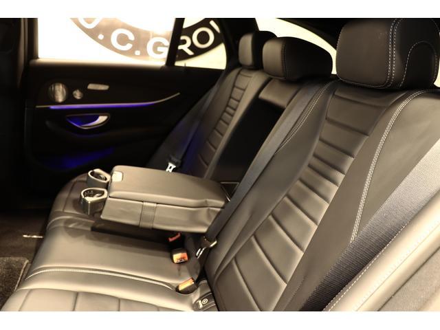 E250W AVGスポーツ本革仕様 黒革ブルメスタ 新車保証(14枚目)