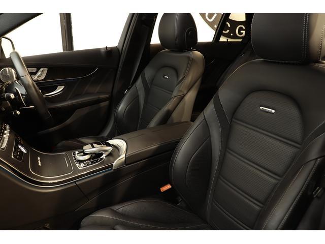 1オーナー車輛で綺麗な状態が維持された上質なブラックナッパレザーシートを装備!快適なカーライフをサポートするメモリー機能付きパワーシート、前席シートヒーター、ランバーサポート機能を搭載しています!