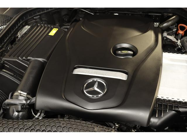 C180 ローレウスエディション 特別仕様車  キーレスゴー 黒革 HDDナビTV BTオーディオ バックカメラ パークトロニックS DSRC LEDヘッドライト AMGエアロ&18インチAW ダイナミックセレクト 9速AT 2年保証(7枚目)