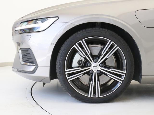 T6 ツインエンジン AWD インスクリプション プラグインハイブリッド 電動パノラマサンルーフ 19インチアルミ 前後シートヒーター ステアリングホイールヒーター 前後ドラレコ harman/kardon パワーテールゲート ぺブルグレーメタリック(8枚目)