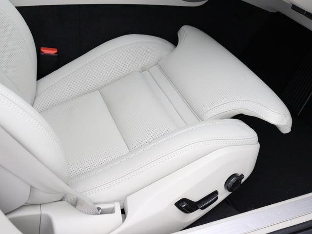 クロスカントリー T5 AWD プロ 2020年モデル バーチライトメタリック ブロンドレザー リアカメラ&360度カメラ LEDヘッドライト キーレス harman/kardonプレミアムサウンド シートヒーター シートエアコン(29枚目)