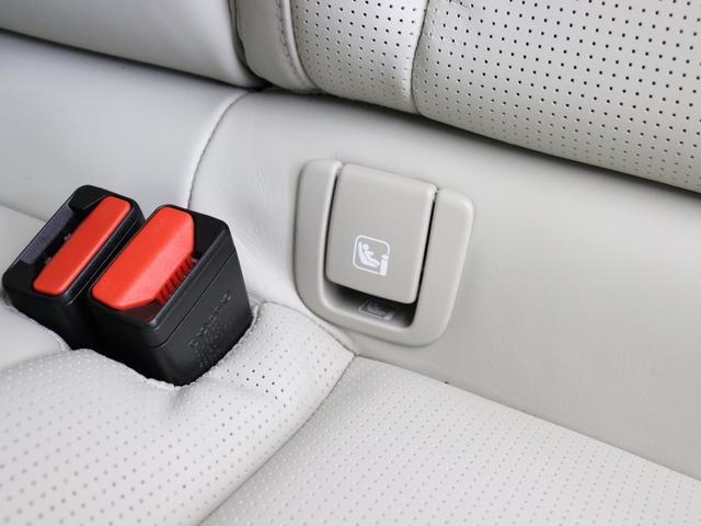 クロスカントリー T5 AWD プロ 2020年モデル バーチライトメタリック ブロンドレザー リアカメラ&360度カメラ LEDヘッドライト キーレス harman/kardonプレミアムサウンド シートヒーター シートエアコン(35枚目)