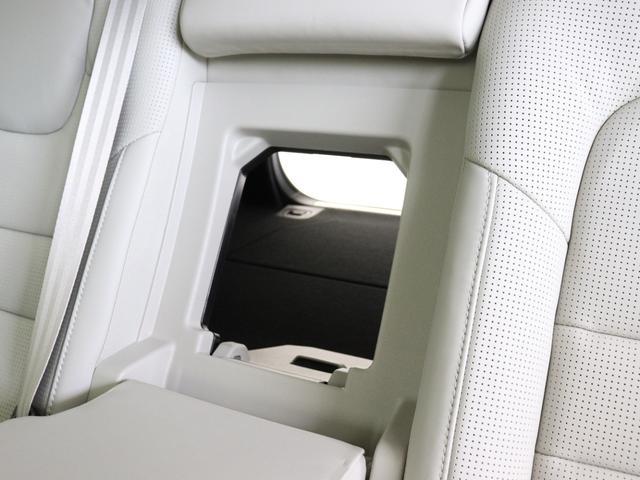 クロスカントリー T5 AWD プロ 2020年モデル バーチライトメタリック ブロンドレザー リアカメラ&360度カメラ LEDヘッドライト キーレス harman/kardonプレミアムサウンド シートヒーター シートエアコン(36枚目)