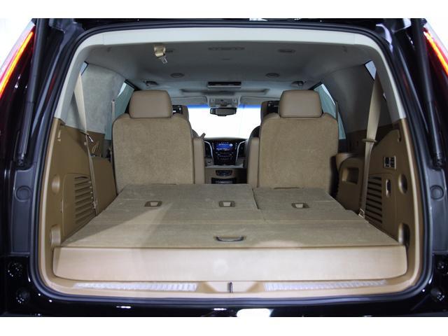 キャデラック キャデラック エスカレード プラチナム AWD 8速AT 420馬力 アップルカープレイ