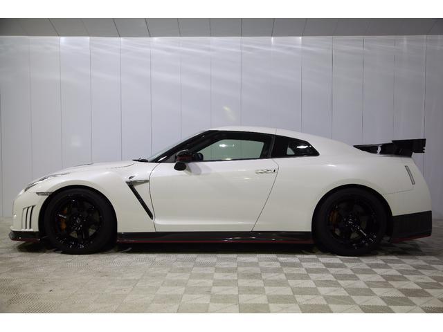 日産 GT-R ニスモ スポーツリセッティング RAYS製20インチ鍛造AW