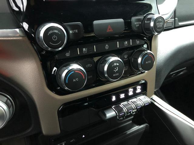 ララミ ブラックアピュアランスPKG 5.7HEMI AWD(19枚目)
