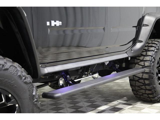 最終モデル 新並 フルカスタム FABTECH 8リフト サンルーフ カロッツェリア8インチサイバーナビ 電動サイドステップ フロント&リヤシートヒーター BOSEプレミアムサウンド FUELマッドブラック20インチAW フリップダウンモニター 地デジ(34枚目)