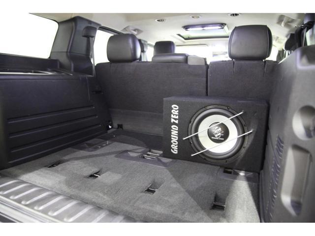 最終モデル 新並 フルカスタム FABTECH 8リフト サンルーフ カロッツェリア8インチサイバーナビ 電動サイドステップ フロント&リヤシートヒーター BOSEプレミアムサウンド FUELマッドブラック20インチAW フリップダウンモニター 地デジ(41枚目)