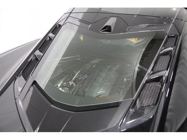 C8 2LT Z51パフォーマンスPKG フロントリフター 8速デュアルクラッチ 可変マフラー 左ハンドル Bremboアンチロックブレーキ デジタルインナーミラー ヘッドアップディスプレイ パドルシフター ソフトクローズリアハッチ ガラスエンジンフード(51枚目)