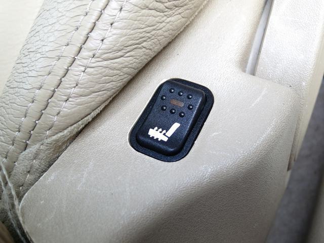 直列4気DOHC16バルブ可変バルブタイミング機構(吸気側)を備える直列4気筒DOHCツインスパークをボンネット内に横置に搭載されFF方式、綺麗で品質に自信アリお薦め禁煙ナビTV2.9万Km程度良好車