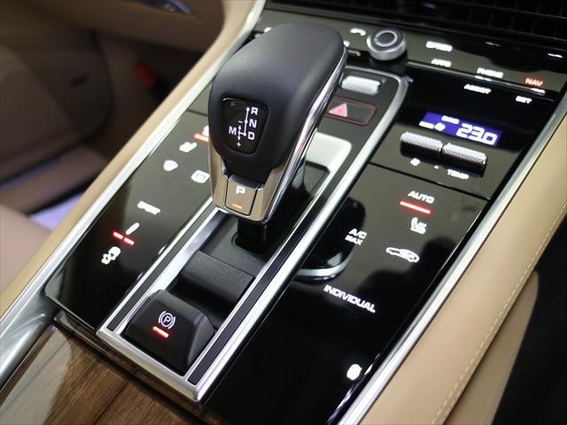 4S PDK 4WD パナメーラ4S スポーツツーリズモ(9枚目)