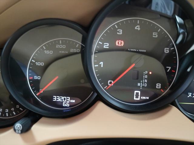 3.6 ティプトロニックS 4WD 禁煙 1オーナー シート(10枚目)