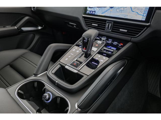 ターボ ティプトロニックS 4WD LEDマトリクスヘッドラ(8枚目)