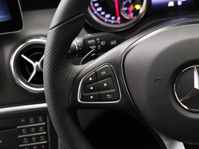 メルセデス・ベンツ M・ベンツ GLA180 レーダーセーフティパッケージ 5年保証