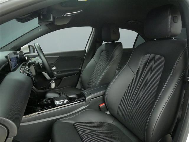 A250 4MATIC セダン レーダーセーフティパッケージ ナビゲーションパッケージ 2年保証 新車保証(18枚目)