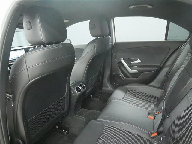 A250 4MATIC セダン レーダーセーフティパッケージ ナビゲーションパッケージ 2年保証 新車保証(21枚目)