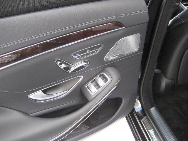 S560 4MATIC ロング ショーファーリミテッド 2年保証 新車保証(29枚目)