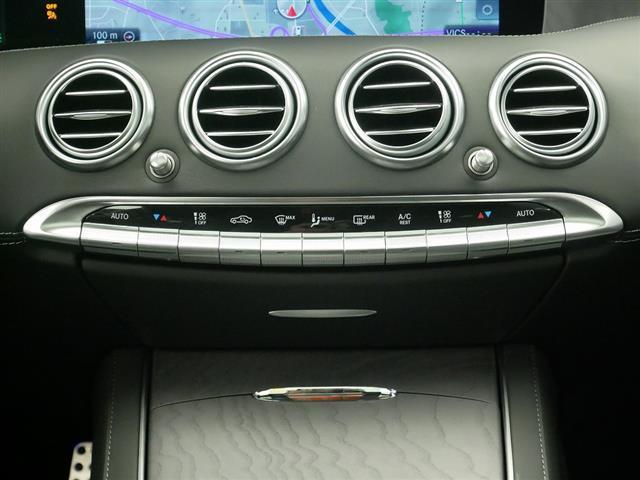 S560 4MATIC クーペ AMGライン レザーエクスクルーシブパッケージ スワロフスキークリスタルパッケージ 2年保証 新車保証(12枚目)