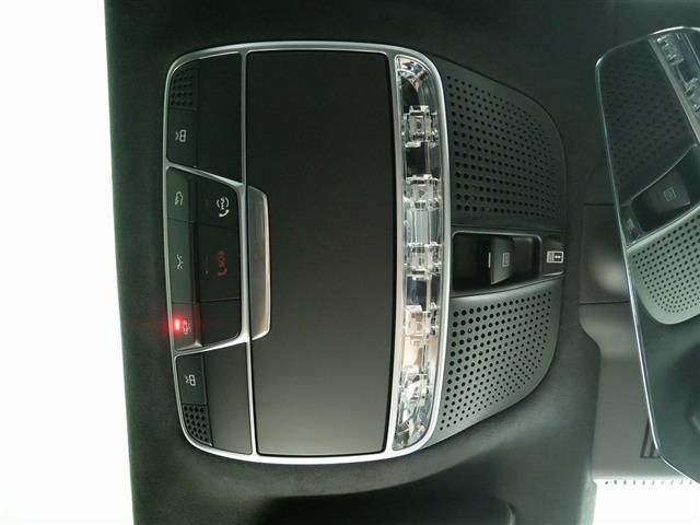 S560 4MATIC クーペ AMGライン レザーエクスクルーシブパッケージ スワロフスキークリスタルパッケージ 2年保証 新車保証(26枚目)