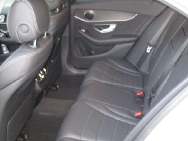 C220 d ローレウスエディション レーダーセーフティパッケージ スポーツプラスパッケージ 2年保証 新車保証(11枚目)