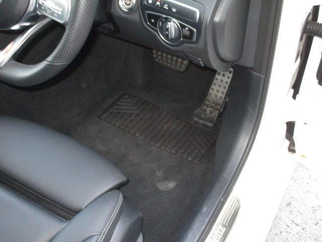 C220 d ローレウスエディション レーダーセーフティパッケージ スポーツプラスパッケージ 2年保証 新車保証(12枚目)