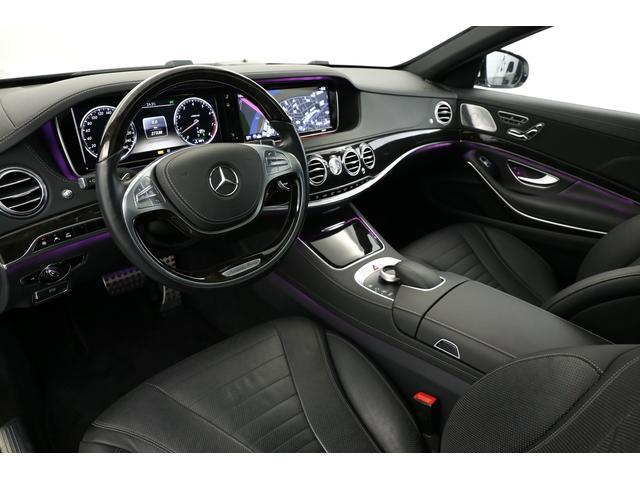 アンビエントライトも装備されており気分に応じた色で室内空間をより良いものにしてくれます!